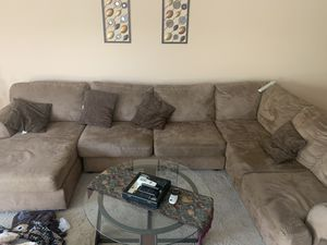 Sectional sofa for Sale in Peoria, AZ