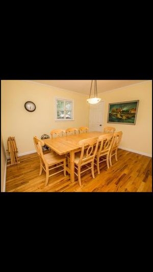 Dining room table and 8 chairs for Sale in Lakewood Township, NJ