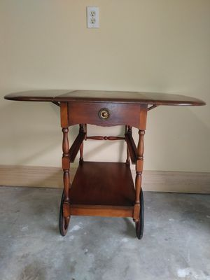 Rustic and traditional antique drop leaf table cart. for Sale in Katy, TX