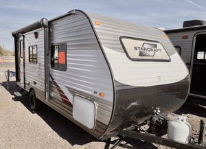 2015 Starcraft AROne 18ft camper trailer Super lite for Sale in Mesa, AZ