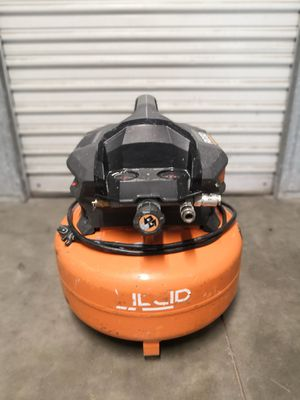 RIDGID 6 Gal. Portable Electric Pancake Air Compressor for Sale in San Diego, CA