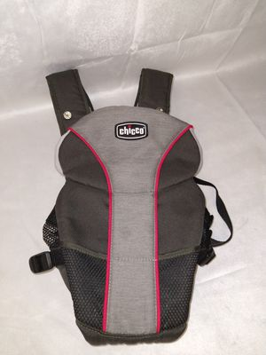Chicco Baby Carrier Washable for Sale in Duluth, GA