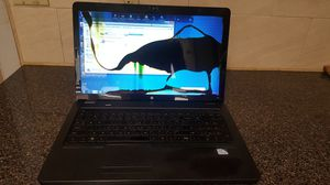 Hp g72 notebook PC ( cracked screen).make me offers for Sale in Queens, NY