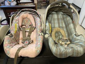 Car seats. for Sale in Lawrenceville, GA