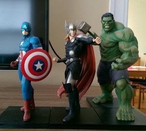 Marvel Comics Avengers Kotobukiya Artfx. 1/10 scale collectible statues for Sale in Forest Park, IL