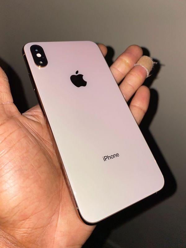 iPhone XS Max ( Read Description )