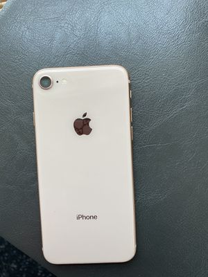 I have a iPhone 8 for sell only want 200 its with boost mobile nothing wrong with it it's in good condition just selling it because I have a new phone for Sale in Chicago, IL