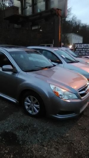 2010 Subaru legacy for Sale in Mount Oliver, PA