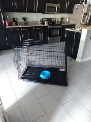 Dog crate Cage kennel New Large foldable open box never used only few scratches 91 ave and McDowell Phoenix pick up only for Sale in Phoenix, AZ