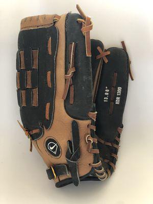 "Nike Junior Baseball Mitt 13"" Soft Leather like New for Sale in Tinton Falls, NJ"