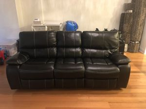 Black leather recliner sofa for Sale in Jersey City, NJ