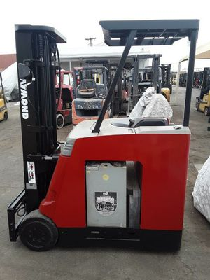 Raymond Stand Up Electric Forklift for Sale in Phoenix, AZ