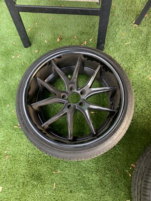 "Lexani 20"" rims 20x10 all around 5x120 for Sale in New York, NY"