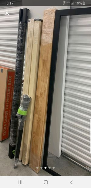 King size bed frame for Sale in CARNES CROSSROADS, SC