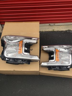 18-20 FORD F150 OEM HEADLIGHTS for Sale in Pineville, NC