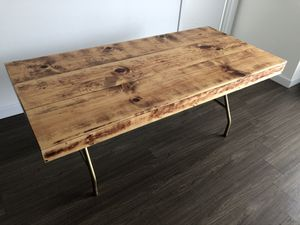 """Super practical table, excellent for study/dinner/meetings. 34""""x72"""" for Sale in Lutz, FL"""