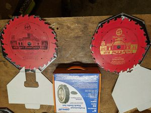 Freud 10inch saw blades and oshlun dado set for Sale in Issaquah, WA