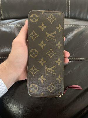 Genuine Louis Vuitton wallet. Great condition!! for Sale in Scottsdale, AZ