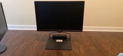 Dell Swivel HD Monitor for Sale in Atlanta,  GA