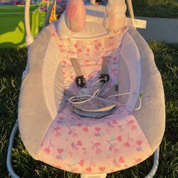 Baby Swing for Sale in Salinas,  CA