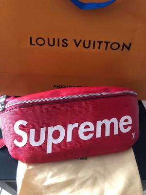 New supreme fanny pack for Sale in Hollywood, FL