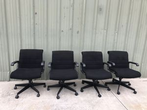 Lot of 4 Office Chairs for Sale in Hayward, CA