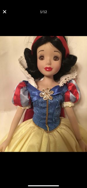 Snow White porcelain doll. Real eye lashes for Sale in Irvine, CA