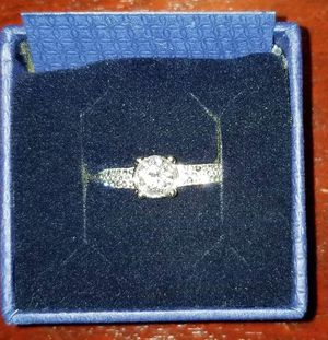 Swarovski Dazzle Ring Excellent Condition for Sale in Boca Raton, FL