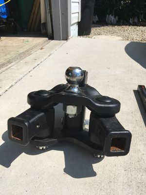 Heavy duty tow hitch with weight distribution for Sale in Punta Gorda, FL