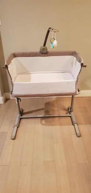 Baby Bassinet Bedside Sleeper for Sale in Plano, TX