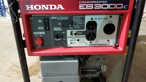 Honda 3000w generator like new, just serviced one pull start for Sale in Custer Park, IL