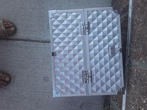 3 TIER MAKEUP BOX for Sale in Colorado Springs, CO