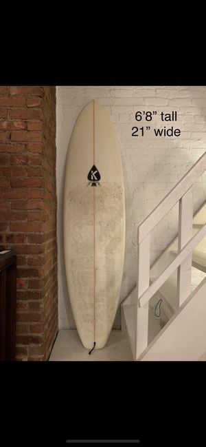 Surfboard, hand shaped by Matt keckley. Great board that needs a little doctoring on the tip. Comes with fins. for Sale in New York, NY