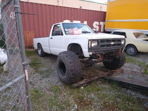 Parting out S.A.S 1991 Chevy S10 pickup 2wd for Sale in Renton, WA