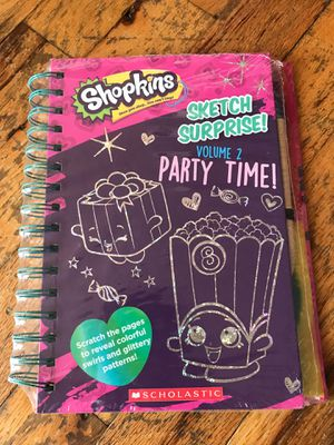 Shopkins NWT scratch surprise book for Sale in Brooklyn, NY