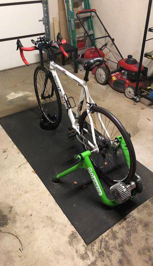 Kenetic Fluid Smart Bike trainer w/ bike for Sale in Virginia Beach, VA