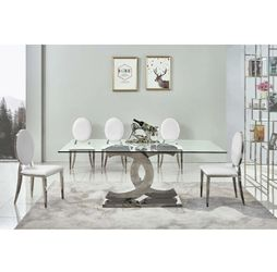 Chanel modern glass dining table for Sale in Boston,  MA