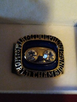 Miami Dolphins Championship Ring for Sale in BRECKNRDG HLS, MO