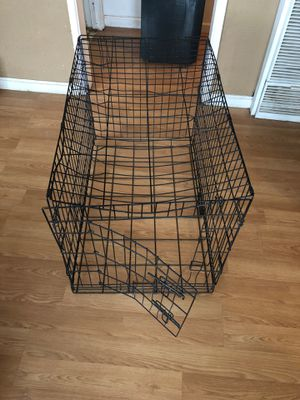 Free dog cage for Sale in Highland, CA