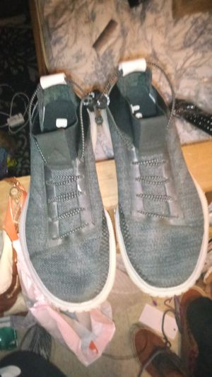 Mens Grey Boosts size 9 1/2 for Sale in Columbus, OH