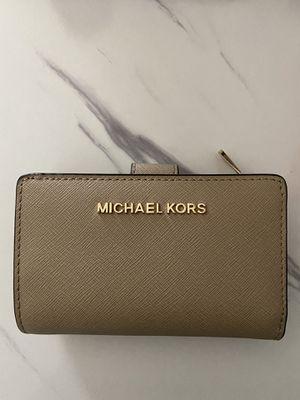 Michael Kors Wallet for Sale in San Jacinto, CA