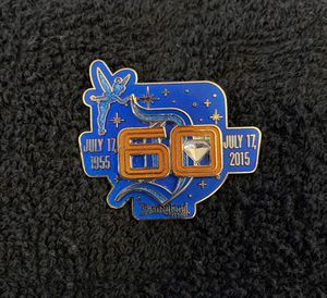 Disney Pin #207, Limited Release, Disneyland Resort, 60th Anniversary, Diamond Celebration Tinker Bell for Sale in San Diego, CA