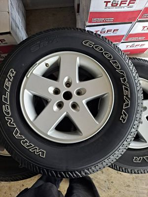 Jeep wheel and tires for Sale in Dallas, TX