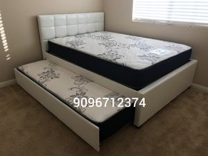 FULL/TWIN TRUNDLE BEDS W MATTRESSES INCLUDED. for Sale in Perris, CA