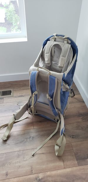 Baby carrier/hiking backpack for Sale in South Jordan, UT
