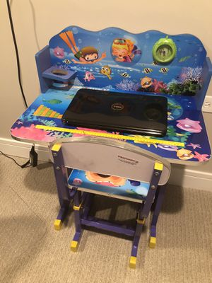 KIDS DESK WITH CHAIR for Sale in Chicago, IL