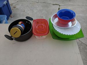 Free dishes for Sale in Santa Fe Springs, CA