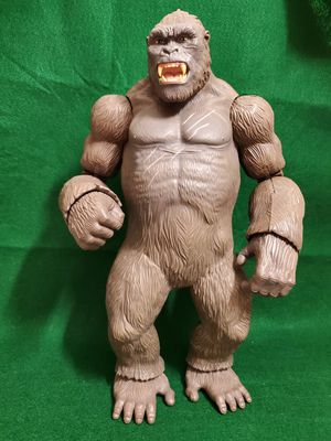 """Lanard Toy KING KONG SKULL ISLAND 18"""" Posable Gorilla Action Figure . for Sale in Miami, FL"""