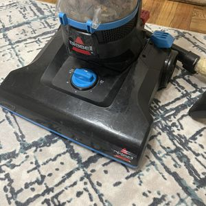 Bissel Vacuum for Sale in Washington, DC