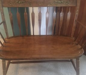 Antique Bench ,Wood, Petite Sz for Sale in Tacoma,  WA